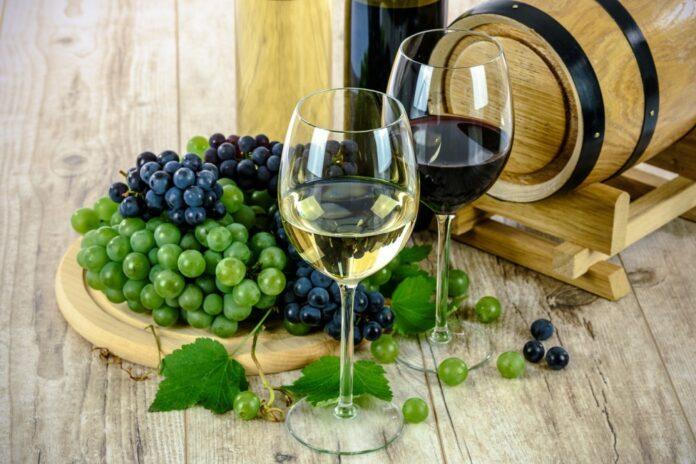 câte calorii are un pahar de vin roșu