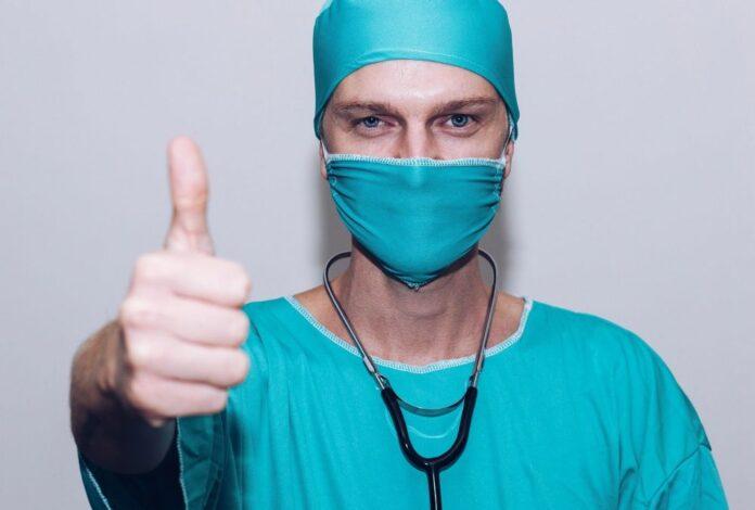 vaccinare medic covid